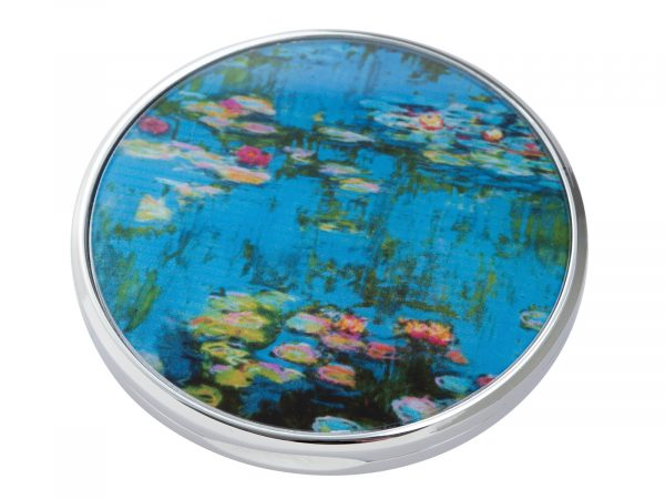 """""""Water Lillies"""" is a series of approximately 250 oil paintings created by French Impressionist Claude Monet, the paintings depict Monet's Home Garden in Giverny, France. This beautifully crafted pocket mirror by Parastone features a stunning extract of one of Monet's Water Lilly paintings. Size: Diameter: 7 cm - 3"""". By John Beswick / Parastone. Product Code: M15MO(S)"""