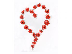 Angelys Heart Wreath Poppy Brooch to commemorate rememberance / armistice day, November 11th